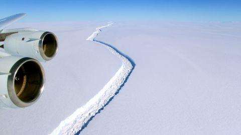 A 70 mile rift in the Larsen C is seen on November 10, 2016.