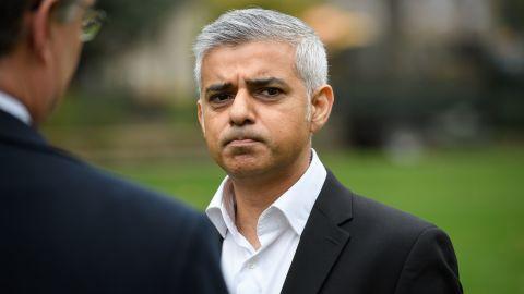 "London Mayor Sadiq Khan has announced ""green"" bus routes to cut nitrogen oxide emissions."