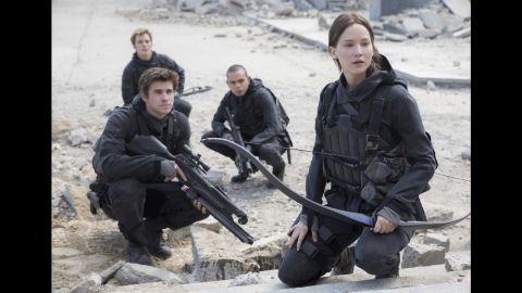 """""""The Hunger Games: Mockingjay - Part 2"""" (2015)"""
