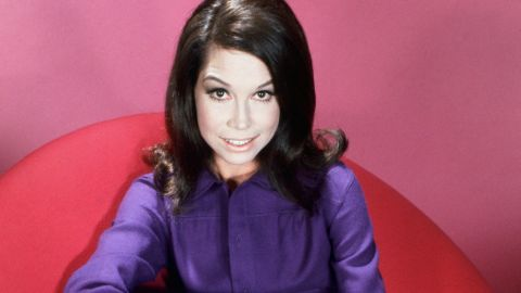 """Actress <a href=""""http://www.cnn.com/2017/01/25/entertainment/mary-tyler-moore-death/index.html"""" target=""""_blank"""">Mary Tyler Moore</a>, whose eponymous 1970s series helped usher in a new era for women on television, died January 25, according to her longtime representative Mara Buxbaum. She was 80."""