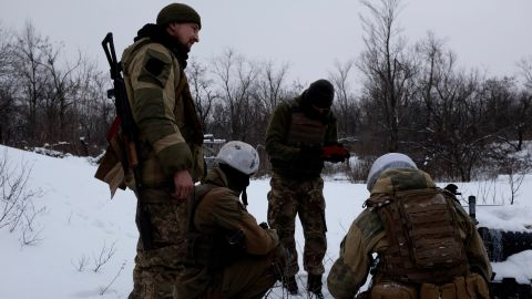 Ukrainian soldiers from the 72nd brigade in training on the outskirts of Avdiivka.