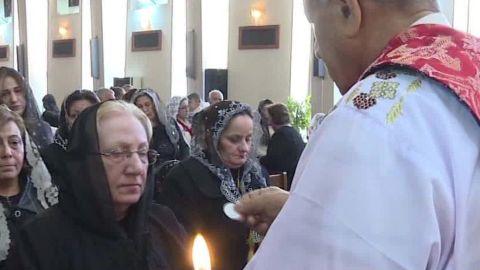 iraq christians react to trump travel ban wedeman pkg_00022720.jpg