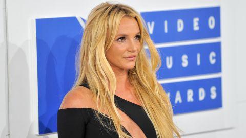 Singer Britney Spears arrives at the 2016 MTV Video Music Awards in New York.