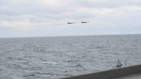 A pair of Russian Su-24 jets pass in close proximity to the USS Porter on February 10, 2017.
