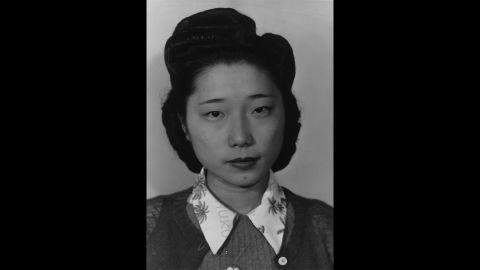 Teruko Kiyomura, bookkeeper