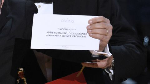"""The card reading """"Moonlight"""" for best picture"""