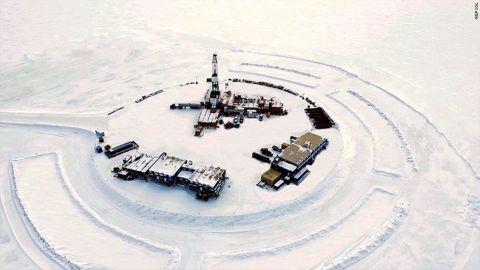 An Alaskan oil drilling site. (Fie photo)