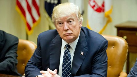 WASHINGTON, DC - MARCH 28:   US President Donald Trump makes remarks as he hosts a listening session with the Fraternal Order of Police in the Roosevelt Room of the  White House on March 28, 2017  in Washington, DC.  (Photo by Ron Sach-Pool/Getty Images)