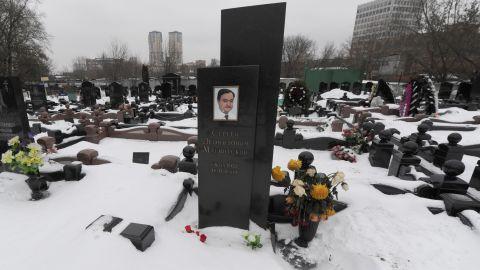Magnitsky's grave at the Preobrazhenskoye cemetery in Moscow.