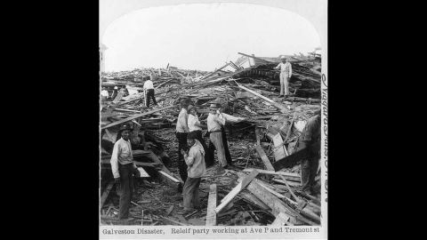 Thousands of homes in the city of Galveston, Texas were reduced to rubble by a hurricane on Sept. 8, 1900.