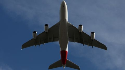 SYDNEY, AUSTRALIA - NOVEMBER 27:  The Qantas Airbus A380 makes its first flight since a mid-air engine explosion three weeks go on November 27, 2010 in Sydney, Australia.  Qantas A380 flight 31 from Sydney will head to Singapore before flying to London.  (Photo by Don Arnold/Getty Images)