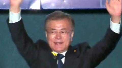 s korea new president moon jae-in promises changes with n korea hancocks pkg_00000324.jpg