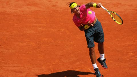 Nadal's first dramatic transformation came in 2009. Gone were the sleeveless shirts and three-quarter lengths, in came the sleeves and fluorescent, clashing colors. Perhaps it was the sleeves restricting the powerful arms (or maybe a knee injury), but Nadal suffered the first of only two French Open defeats. Despite a shock fourth-round loss to Robin Soderling, Nadal set a record of 31 consecutive wins at Roland Garros.