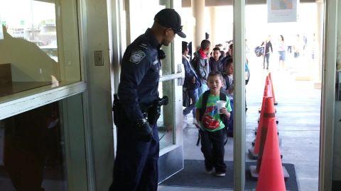 crossing border school santiago pkg_00000317.jpg