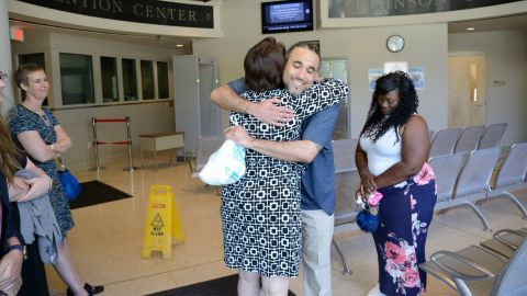 Richard Jones reunites with loved ones after he was released from prison in 2017.