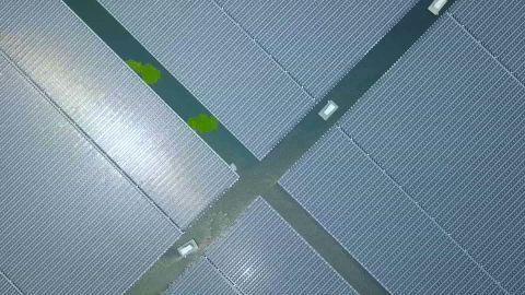 china largest floating solar farm rivers pkg_00011719.jpg