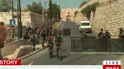 dozens injured jerusalem clashes lee_00012113.jpg