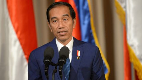 Indonesian President Joko Widodo reads his statement after a bilateral meeting with his Philippine counterpart Rodrigo Duterte at Malacanang palace in Manila on April 28, 2017, ahead of the Association of Southeast Asian Nations (ASEAN) summit.  The Association of Southeast Asian Nations (ASEAN) summit in Manila, where leaders will discuss territorial disputes, terrorism and economic integration, takes place in the Philippine capital on April 28-29. / AFP PHOTO / Ted ALJIBE        (Photo credit should read TED ALJIBE/AFP/Getty Images)
