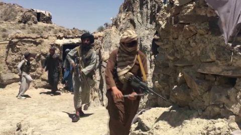 afghanistan claim russia arm taliban paton walsh pkg_00024427.jpg