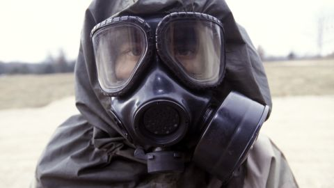 Live sarin and VK nerve agent training in chemical warfare defense. --- Photo by Leif Skoogfors/Corbis | Location: Fort Leonard Wood, Missouri, United States. (Photo by Leif Skoogfors/Corbis via Getty Images)