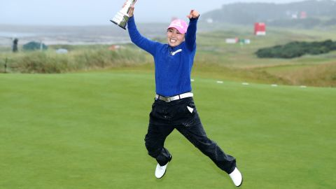 In-Kyung Kim of South Korea holds aloft trophy having won the Women's British Open at Kingsbarns, Scotland