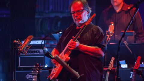 NEW YORK, NY - OCTOBER 10:  Walter Becker performs of Steely Dan onstage at Beacon Theatre on October 10, 2015 in New York City.  (Photo by Santiago Felipe/Getty Images)