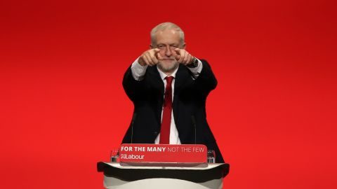 Opposition Labour party leader Jeremy Corbyn delivers a speech on the final day of the Labour Party Conference in Brighton on September 27, 2017. / AFP PHOTO / Daniel LEAL-OLIVAS        (Photo credit should read DANIEL LEAL-OLIVAS/AFP/Getty Images)