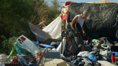 This is Life Lisa Ling Las Vegas Ep 3 Clip 1_00002220.jpg