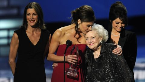"""White joins her """"Hot in Cleveland"""" co-stars Wendie Malick, Jane Leeves and Valerie Bertinelli as they accept an award at the People's Choice Awards in 2012."""