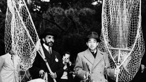 Akihito joins Ethiopian Emperor Haile Selassie for a hunt outside Tokyo in November 1956.