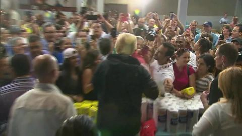 Trump throws paper towels to Puerto Ricans after hurricane_00000014.jpg