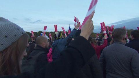 russia opposition rallies putin matthew chance_00000000.jpg