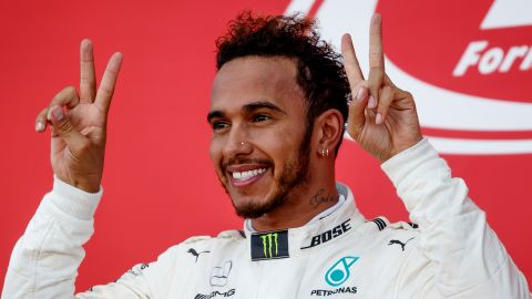 Lewis Hamilton is closing fast on a fourth F1 world title after his victory in Japan.