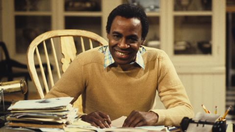 """<a href=""""http://www.cnn.com/2017/10/24/entertainment/robert-guillaume-obit/index.html"""" target=""""_blank"""">Robert Guillaume</a>, best known for his lead role in the TV series """"Benson"""" and as the voice of Rafiki in """"The Lion King,"""" died October 24 after a battle with prostate cancer, according to his wife, Donna. He was 89."""