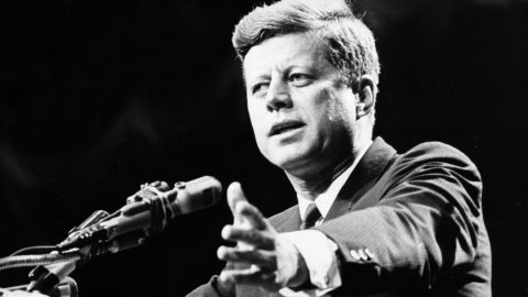 1962:  US statesman John F Kennedy, 35th president of the USA, making a speech.  (Photo by Central Press/Getty Images)