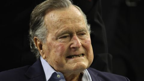 HOUSTON, TX - FEBRUARY 05: President George H.W. Bush arrives for the coin toss prior to Super Bowl 51 between the Atlanta Falcons and the New England Patriots at NRG Stadium on February 5, 2017 in Houston, Texas.  (Photo by Patrick Smith/Getty Images)