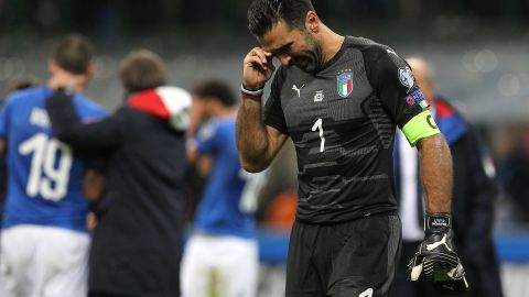 Buffon cries after Italy is eliminated