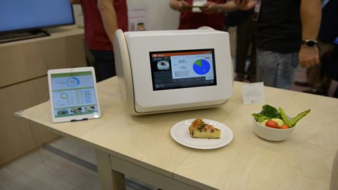While other calories scanners take between two to three minutes, the tech here works in just 10 seconds.