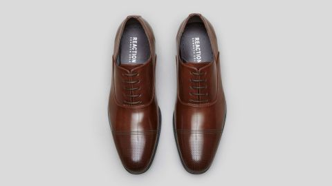 """<strong>K: Kenneth Cole Big Wh-eel-s Cap Toe Oxford ($69; </strong><a href=""""http://www.anrdoezrs.net/links/8314883/type/dlg/sid/1217azgiftguide/https://www.kennethcole.com/men/shoes/oxfords/big-wh-eel-s-cap-toe-oxford-SFH6SY004.html?dwvar_SFH6SY004_color=901&dwvar_SFH6SY004_size=50395"""" target=""""_blank"""" target=""""_blank""""><strong>kennethcole.com</strong></a><strong>) </strong>"""