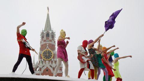 Pussy Riot, Putin Pissed Himself, 2012