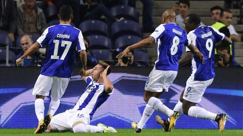 Porto secured their place in the round of 16 with an emphatic 5-2 victory on the final day against Monaco. With their fate balanced on a knife edge throughout, they could breath a sigh of relief as RB Leipzig failed to win at home to Besiktas.