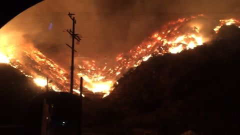 title: ooysterr - The 405 Freeway Getty Center fire duration: 05:42:58 site: Twitter author: null published: Wed Dec 31 1969 19:00:00 GMT-0500 (Eastern Standard Time) intervention: yes description: null