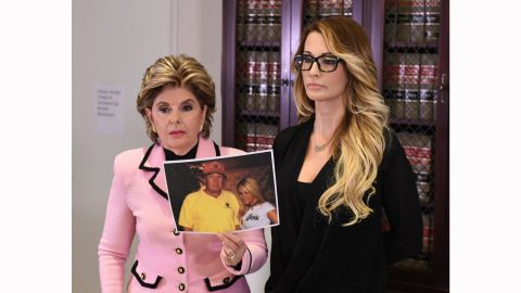 jessica drake (R), who works for an adult film company, speaks beside attorney Gloria Allred (L) about allegations of sexual misconduct against Republican presidential hopeful Donald Trump during a press conference in Los Angeles, California on October 22, 2016.  / AFP / Mark RALSTON        (Photo credit should read MARK RALSTON/AFP/Getty Images)