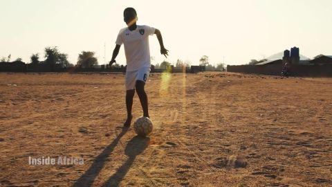 Inside Africa 90 minutes to shine: malawi's football prodigies A_00003407.jpg