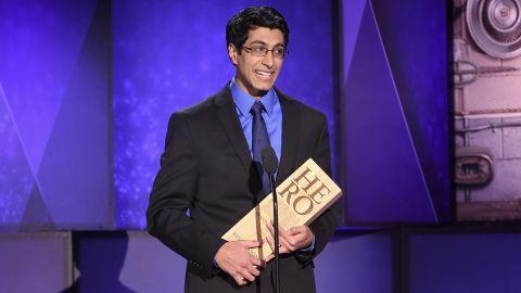 2017 CNN Hero Samir Lakhani poses with his award.