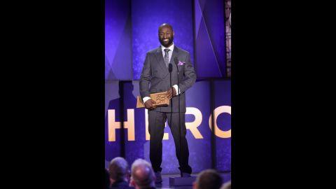 2017 CNN Hero Khali Sweeney accepts his award onstage.