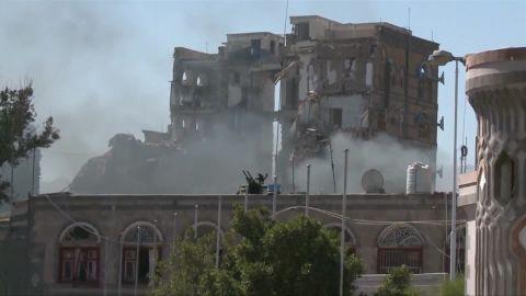 yemen rebels target saudi ben wedeman_00013212.jpg