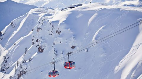 <strong>Ski safari: </strong>As well as the runs on the Hahnenkamm mountain, the ski region includes slopes on the Kitzbuheler Horn, as well as the interlinked areas of Jochberg, Resterhohe and Pass Thurn.