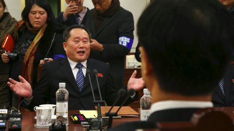 North Korean chief delegate Ri Son-Gwon (L) talks with South Korea Unification Minister Cho Myung-Gyun (R) during their meeting at the border truce village of Panmunjom in the Demilitarized Zone (DMZ) dividing the two Koreas on January 9, 2018. North and South Korea began their first official talks in more than two years on January 9, focussing on the forthcoming Winter Olympics after months of tensions over Pyongyang's nuclear weapons programme. / AFP PHOTO / KOREA POOL / KOREA POOL / South Korea OUT        (Photo credit should read KOREA POOL/AFP/Getty Images)
