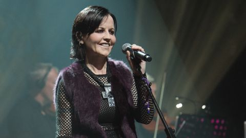 """<a href=""""http://www.cnn.com/2018/01/15/entertainment/dolores-o-riordan-cranberries-singer-dies-intl/index.html"""" target=""""_blank"""">Dolores O'Riordan</a>, lead singer of the Irish band The Cranberries, died in London on January 15, according to a statement from her publicist. She was 46. No details were immediately given on the cause of her death. The Cranberries rose to global fame in the mid-1990s with a string of hits, including """"Linger,"""" """"Zombie"""" and """"Dreams."""" The group has sold more than 40 million albums worldwide."""